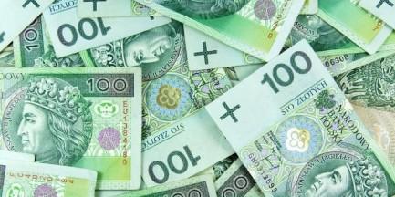 Ile zarabia warszawiak? (Raport)