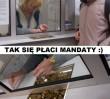 Warszawski humor: Zapłacił za mandat drobniakami