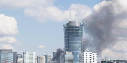 Pożar przy ul. Łuckiej. Na miejscu 7 zastępów straży pożarnej