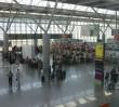 """""""Różaniec Do Granic"""" również w portach lotniczych. Modlitwy m.in na lotnisku Chopina"""