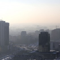 """Smog nad Warszawą. Normy przekroczone o 500 proc. """"Ostrzegajcie znajomych i bliskich"""""""