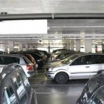 """""""Parkuj i jedź"""" na Żeraniu. Ile samochodów się zmieści?"""