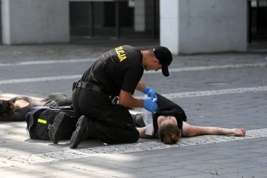 Ćwiczenia służb mundurowych, podczas których symulowano atak terrorystyczny. Fot. Jakub Orzechowski/Agencja Gazeta