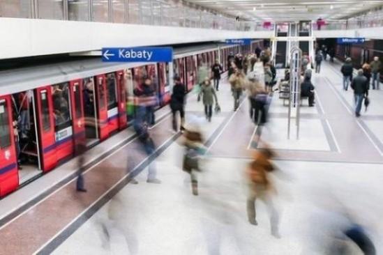 Warszawskie metro. Fot. Robert_z_Ziemi/Pixabay