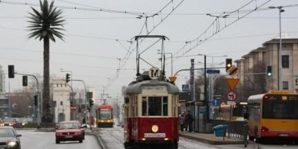 Zabytkowym tramwajem w święta