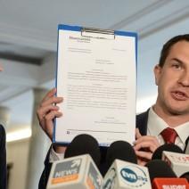 """1 mln zł z naszej kieszeni na """"promowanie radnych i burmistrzów"""" dzielnic Warszawy? Sprzeciw Nowoczesnej"""