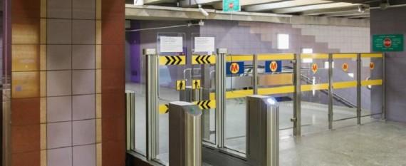 W metrze zaplombują bramki awaryjne