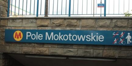 Zmiana nazwy stacji metra na SGH - Pole Mokotowskie pod znakiem zapytania