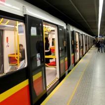 Internet w całym metrze do końca roku?