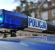 Policjanci skuli mężczyznę i bili pałkami po stopach. Brutalne zachowanie na komendzie w Warszawie