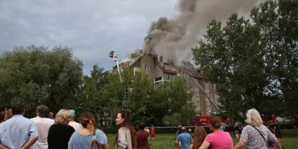Pożar we Włochach: Poszkodowani wciąż nie wrócili do swoich mieszkań