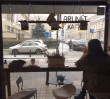 """""""Mamy wynieść się z Warszawy pod groźbą śmierci"""". Rasistowski atak na kawiarnię prowadzoną przez Irańczyka"""