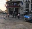 Krakowskie Przedmieście jak twierdza. Strażacy wozili barierki na miesięcznicę
