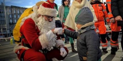 Wiceprezydent Warszawy w roli Ekstremalnego Świętego Mikołaja [WIDEO]