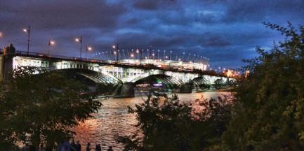 Na lewo most, na prawo most... bawimy się nad Wisłą!