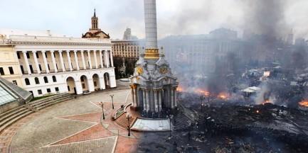 Solidarni z Ukrainą - Maraton Pisania Listów w Warszawie