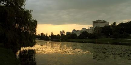 Fotostory: Park Skaryszewski w niedzielę przed meczem