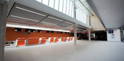 Policja ustaliła sprawcę fałszywego alarmu lotniska w Modlinie