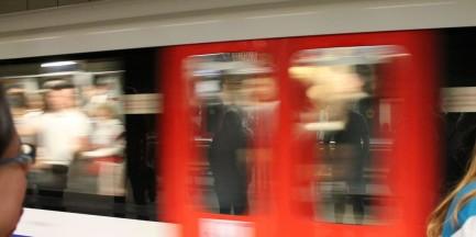 Zaatakował nożem w metrze!
