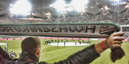 Mecz Legii z Ajaxem z udziałem publiczności?