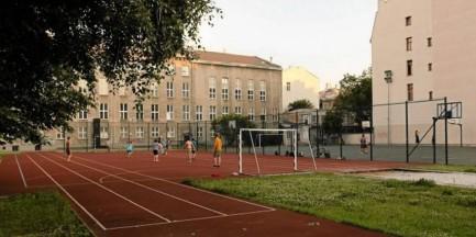"""""""Miasto Jest Nasze"""" zawiadamia CBA w sprawie reprywatyzacji boiska"""