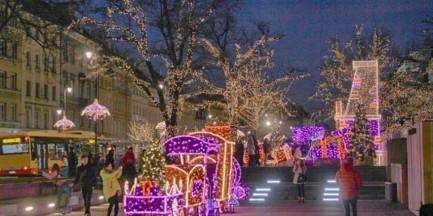 Świąteczne iluminacje w stolicy. Całkiem nowe i rekordowo drogie