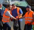 Władze Warszawy na wspólnym sprzątaniu Wisły