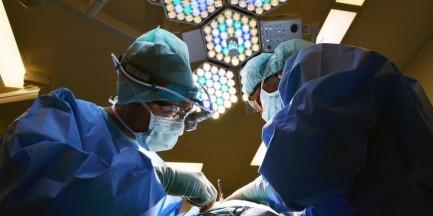 Szpital Bielański: nie chcą likwidacji oddziału chirurgii dziecięcej. Jest petycja lekarzy i pielęgniarek