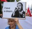 """""""I have a dream"""". Manifestacja KOD na skwerze Martina Lutera Kinga [GALERIA]"""