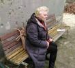 Panią Antoninę sprzedano razem z domkiem. Właściciel odłączył jej prąd i wodę