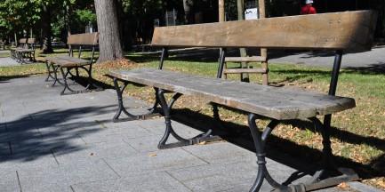 W Warszawie znikają ławki!